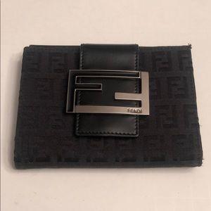 Fendi women's black bifold wallet
